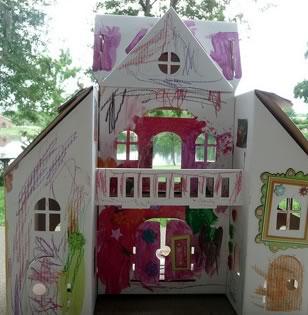 Calafant cardboard villa