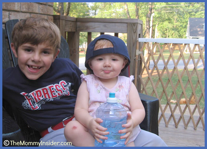 Kids on Porch in 2007
