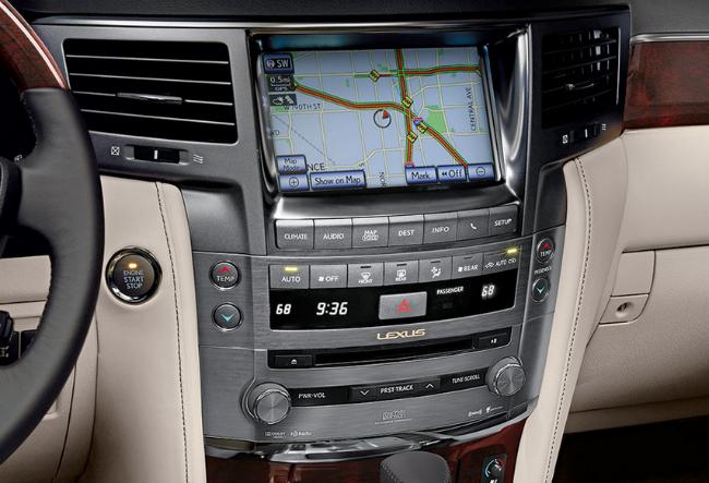 Lexus LX 570 SUV Navigation